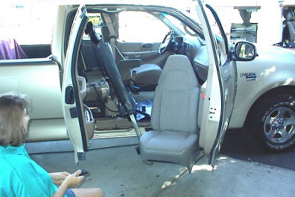 Startracks Custom Seat Lifts Easy Reach