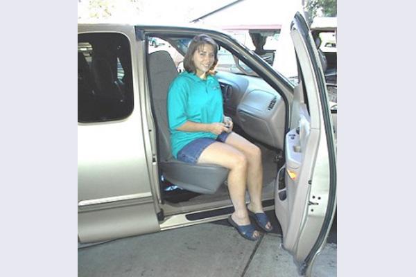 Startracks Custom Seat Lifts Easy Reach